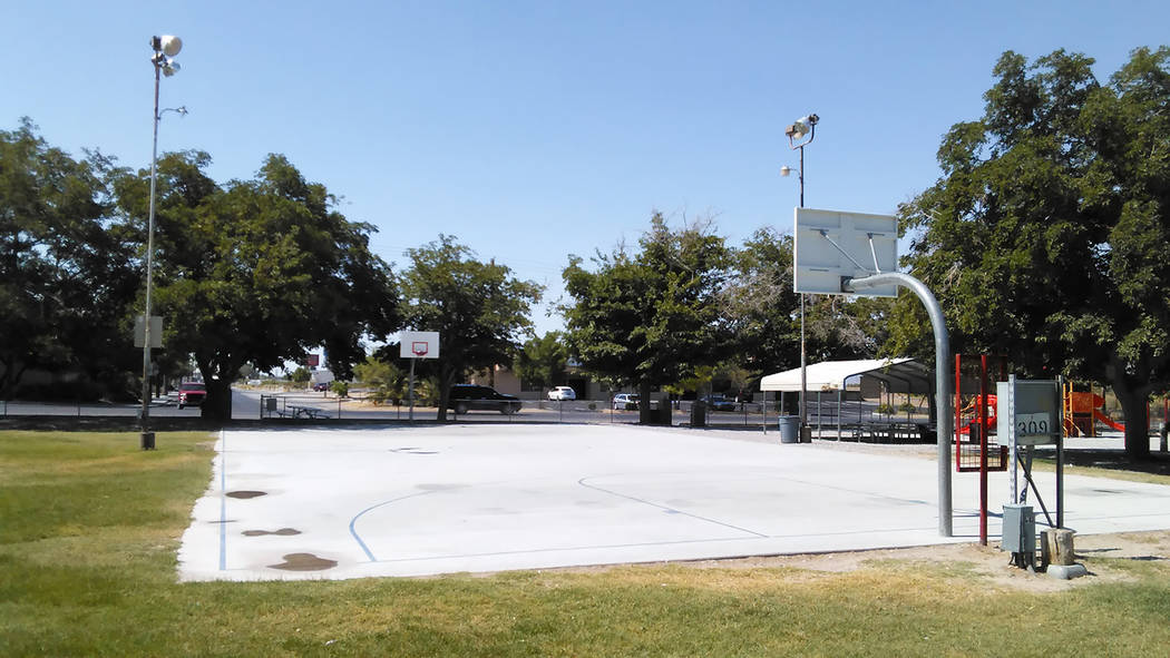 Selwyn Harris/Pahrump Valley Times  Normally the basketball court at Petrack Park is teeming with ballers during summer break. The triple-digit temperatures as of late have left the court empty in ...