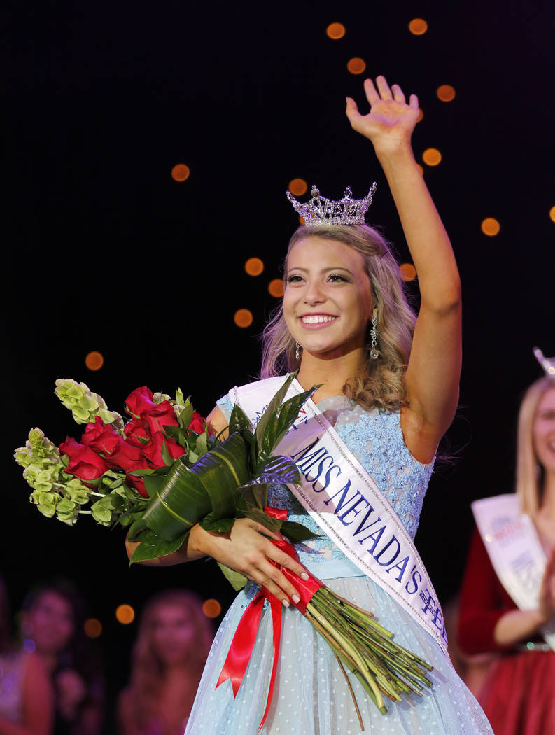 Morgan Lieberman/Las Vegas Review-Journal Miss Nevada's Outstanding Teen 2017 Carli Gumm after winning the crown at the Tropicana hotel-casino in Las Vegas on Friday, June 1, 2017.