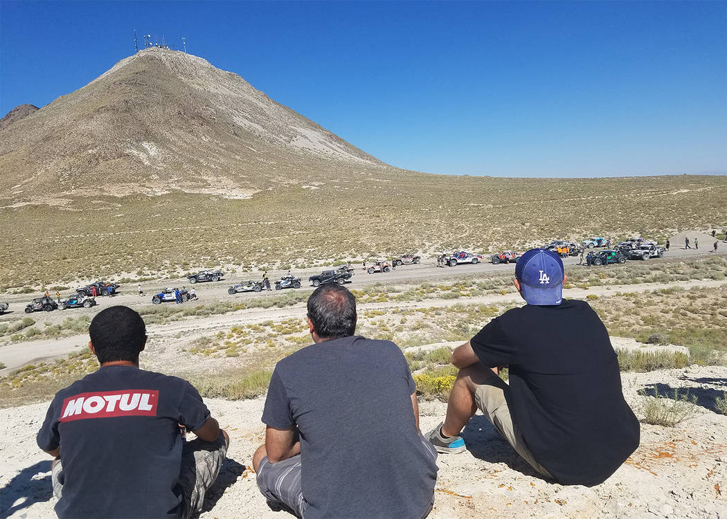 David Jacobs/Times-Bonanza & Goldfield News Fans gather to watch as racers gather at the staging area at the start of last year's General Tire Vegas to Reno race, which for the 20th anniversar ...