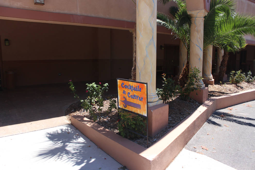 Jeffrey Meehan/Pahrump Valley Times Entertainment met art at the Nevada Treasure RV Resort at 301 Leslie St. on Aug. 12, 2017. Cocktails and Canvas is a once-a-month, three-hour event that lets be ...