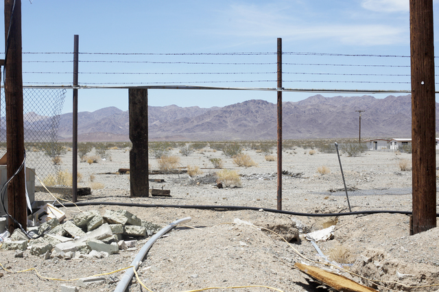 Rachel Aston/Las Vegas Review-Journal Mountains are seen from the back of the property of Roy's Motel and Cafe in Amboy, Calif. on Sunday, June 5, 2016.