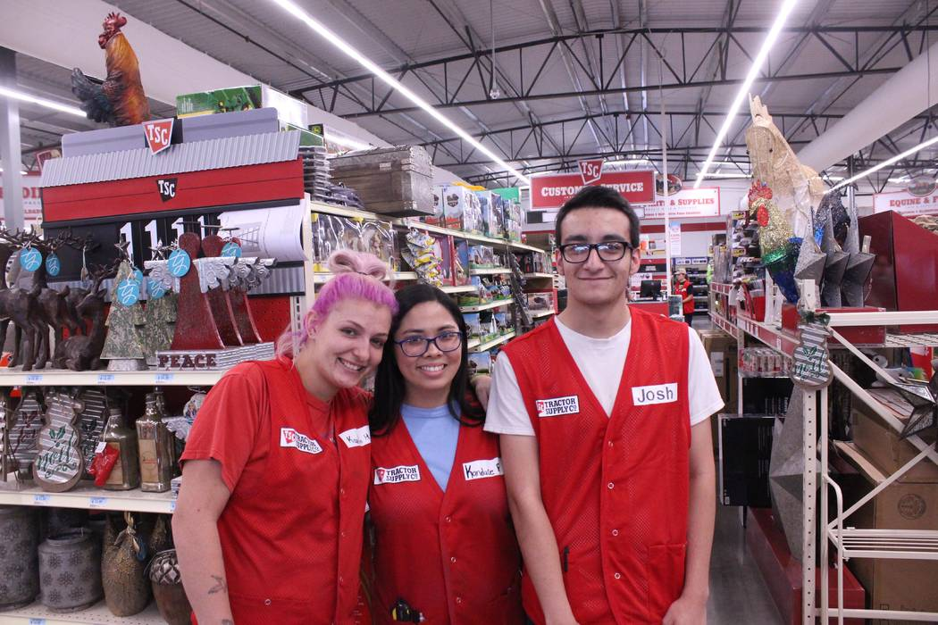 Jeffrey Meehan/Pahrump Valley Times  Employees at the new Tractor Supply Co. retail store in Pahrump were ready to answer questions during a preview event on Oct. 27, 2017. Doors opened for a soft ...