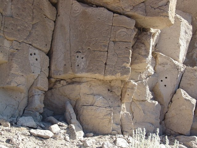 A federal investigation is underway into what is described as the defacement of a petroglyph site in Esmeralda County, a local business is reporting. The Esmeralda Market, RV Park, Cabins and Camp ...