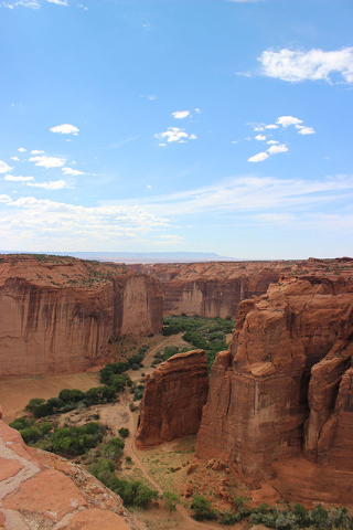 Canyon de Chelly National Monument features shear steep red sandstone cliffs that rise one thousand feet off the fertile farmland of the canyons below. Deborah Wall/Special to the Pahrump Valley Times