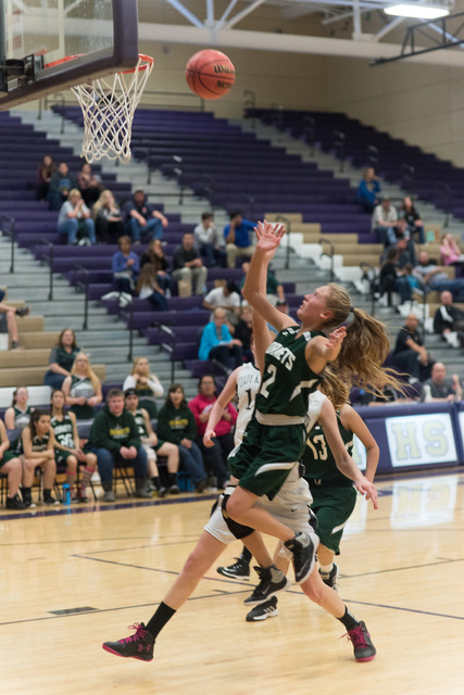Andrea Leon pulls up for the floater at Sunrise Mountain on Friday.  Skylar Stephens / Special to the Pahrump Valley Times