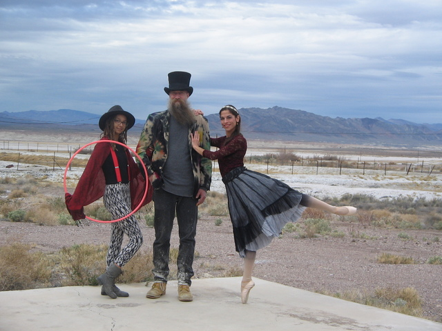 Tecopa Circus of Fine Art  • Saturday and Sunday, Teatro el Grande performing arts festival featuring classical ballet, hoop dancing, mime, poetry, live music, and a few surprises, starts at 10  ...