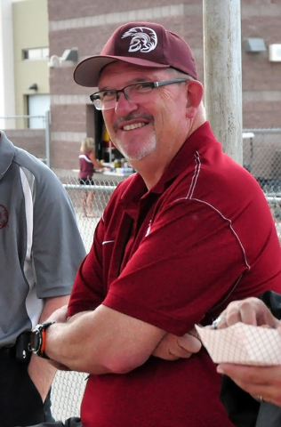 Horace Langford Jr. / Pahrump Valley Times  Ed Kirkwood spreading his knowledge about sports on campus.