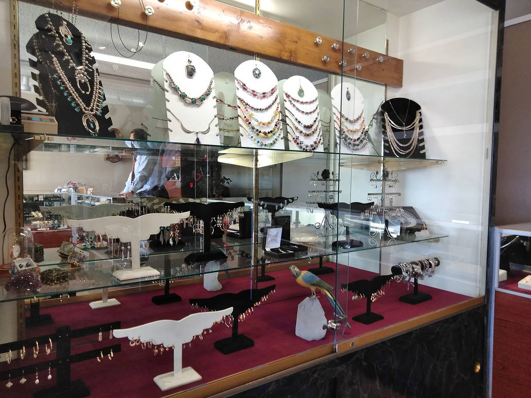 Selwyn Harris/Pahrump Valley Times  Alvarado said his shop regularly sees an increase in business during the days leading up to Valentine's Day each year. Gold chains, diamond pendants and rings ...