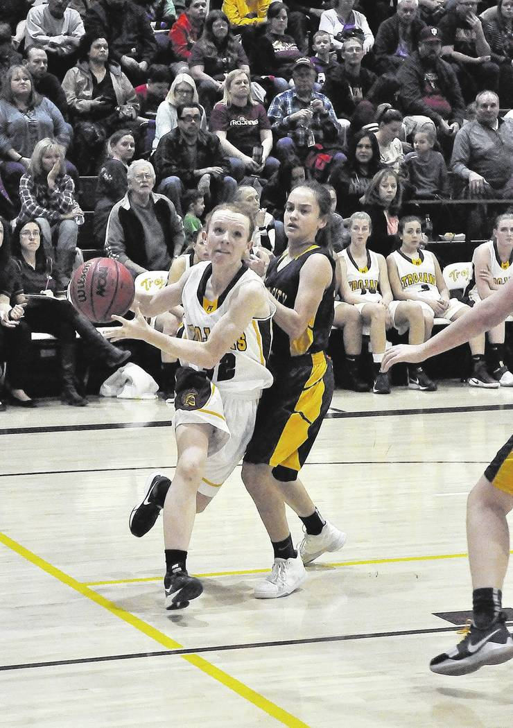 Horace Langford Jr./Pahrump Valley Times Freshman guard Makayla Gent drives the baseline during Pahrump Valley's Dec. 8, 2018, game against Boulder City in Pahrump.