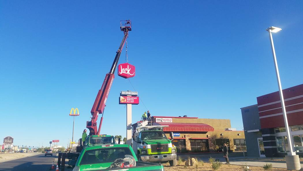 David Jacobs/Pahrump Valley Times Crews on Sept. 22 put a sign into place at new Jack in the Box restaurant that's set to open in Pahrump.