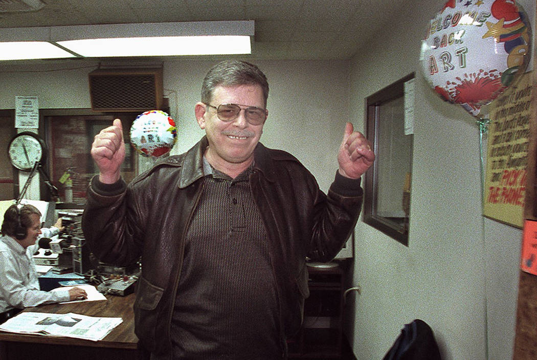 "Radio host Art Bell signals his return to the airwaves as he leaves KDWN-Radio after announcing his return to radio beginning Feb. 5, 2001. Bell hosted the popular paranormal radio talk show ""Coas ..."
