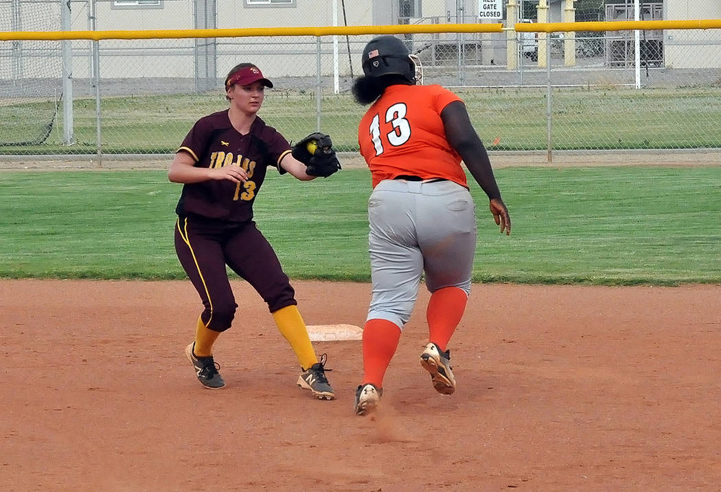 Horace Langford Jr./Pahrump Valley Times Pahrump Valley second baseman Jackie Stobbe moves in to tag a Chaparral runner at second base during Tuesday's Class 3A Southern Region Tournament game in ...