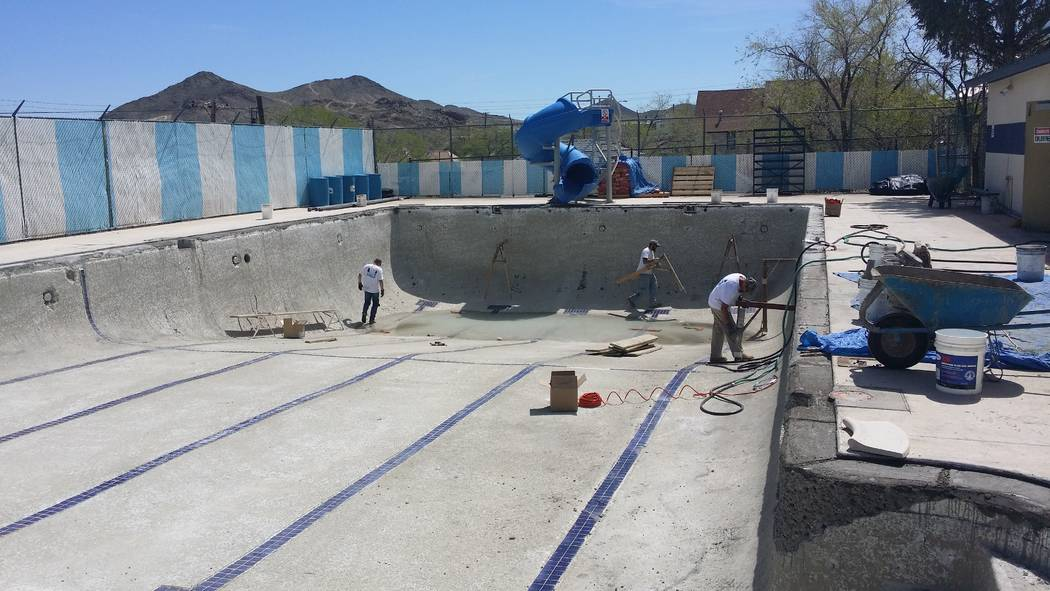 David Jacobs/Pahrump Valley Times The Tonopah Memorial Swimming Pool in Barsanti Park went through a replastering project that began in 2016. The 2018 season has been delayed due to the pool's hea ...