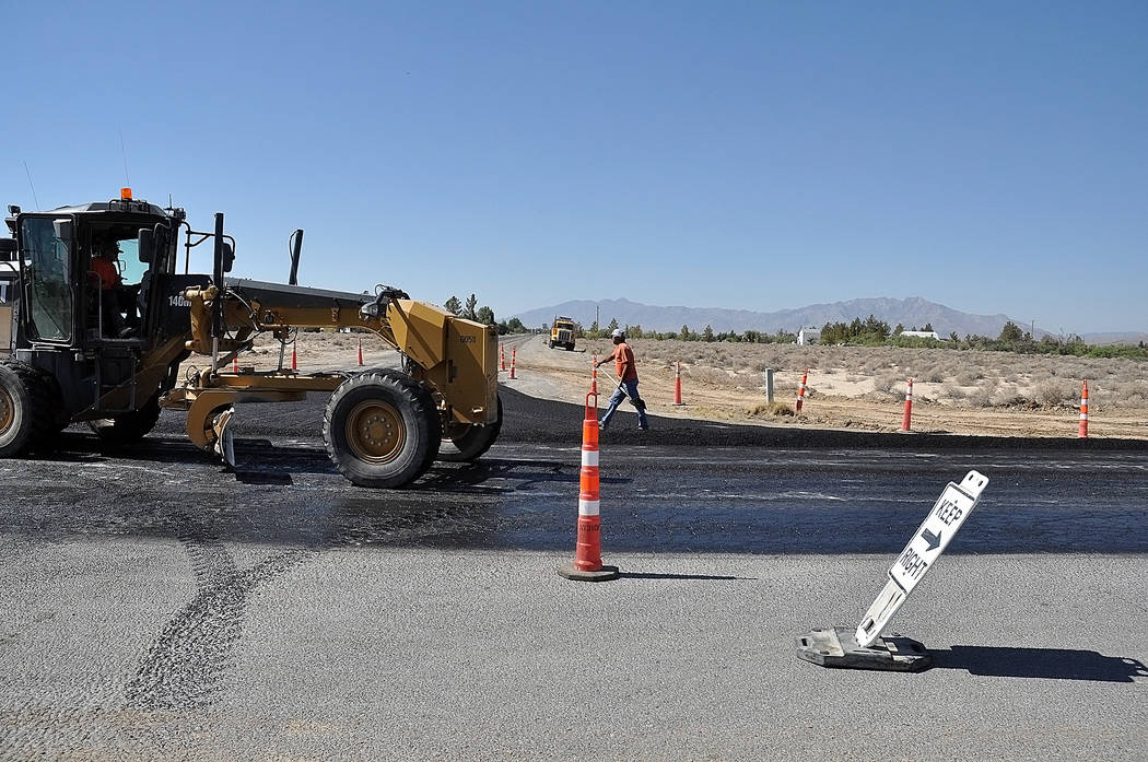 Horace Langford Jr./Pahrump Valley Times Motorists were told to expect minor delays of up to 15 minutes during the work hours of 6 a.m. until 4 p.m.