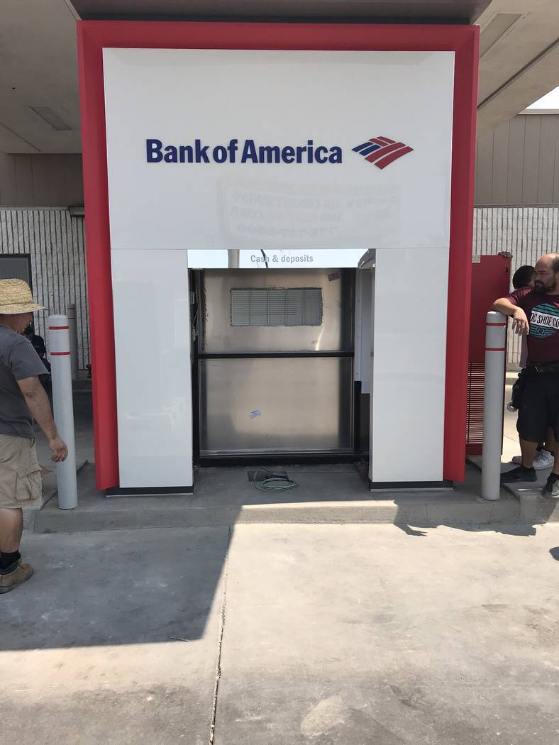 Jeffrey Meehan/Pahrump Valley Times An empty shell awaits the instillation of a new ATM at Pahrump's Bank of America branch at 750 S. Highway 160 on July 26, 2018. The new machine offers increases ...