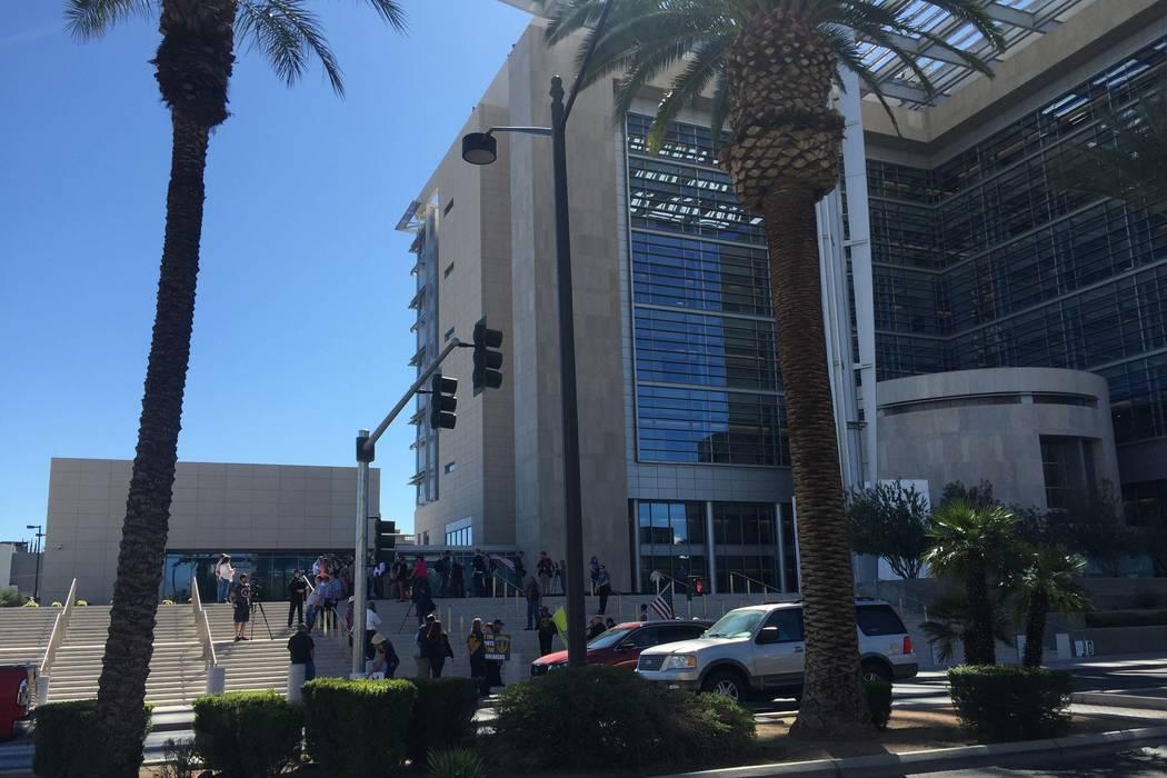 Lloyd George U.S. Courthouse, Las Vegas, where the hearing on Dennis Hof's fourth lawsuit against Nye County willbe heard on August 27. (Carri Geer/Las Vegas Review-Journal)