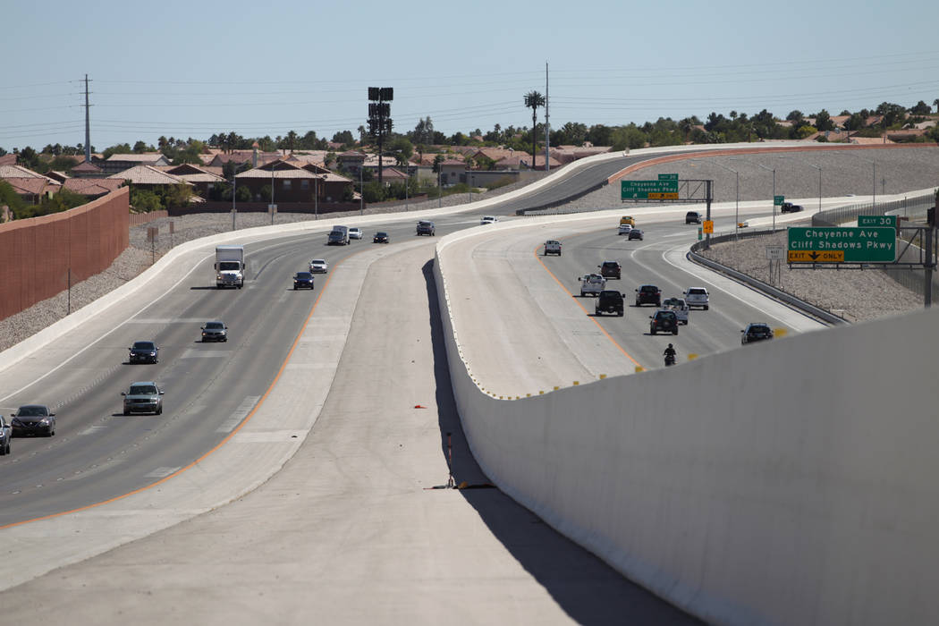 The 215 Beltway near Lone Mountain Road in Las Vegas, Friday, Aug. 31, 2018. Clark County increased the speed limit from 45 mph to 65 mph on the beltway between Craig Road and Hualapai Way. Erik V ...