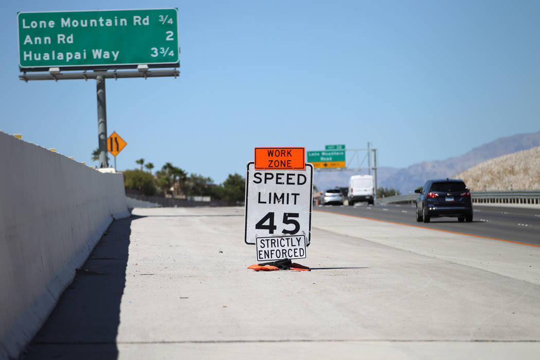 A work zone sign shortly before getting removed from the 215 Beltway near Lone Mountain Road in Las Vegas, Friday, Aug. 31, 2018. Erik Verduzco Las Vegas Review-Journal @Erik_Verduzco