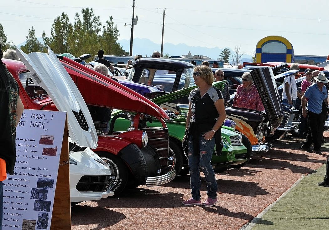 Horace Langford Jr./Special to the Pahrump Valley Times Cars line up at the 2018 Pahrump Car Show on Oct. 6, 2018. The event, which made its debut appearance last year, was held at 3681 W. Bell V ...