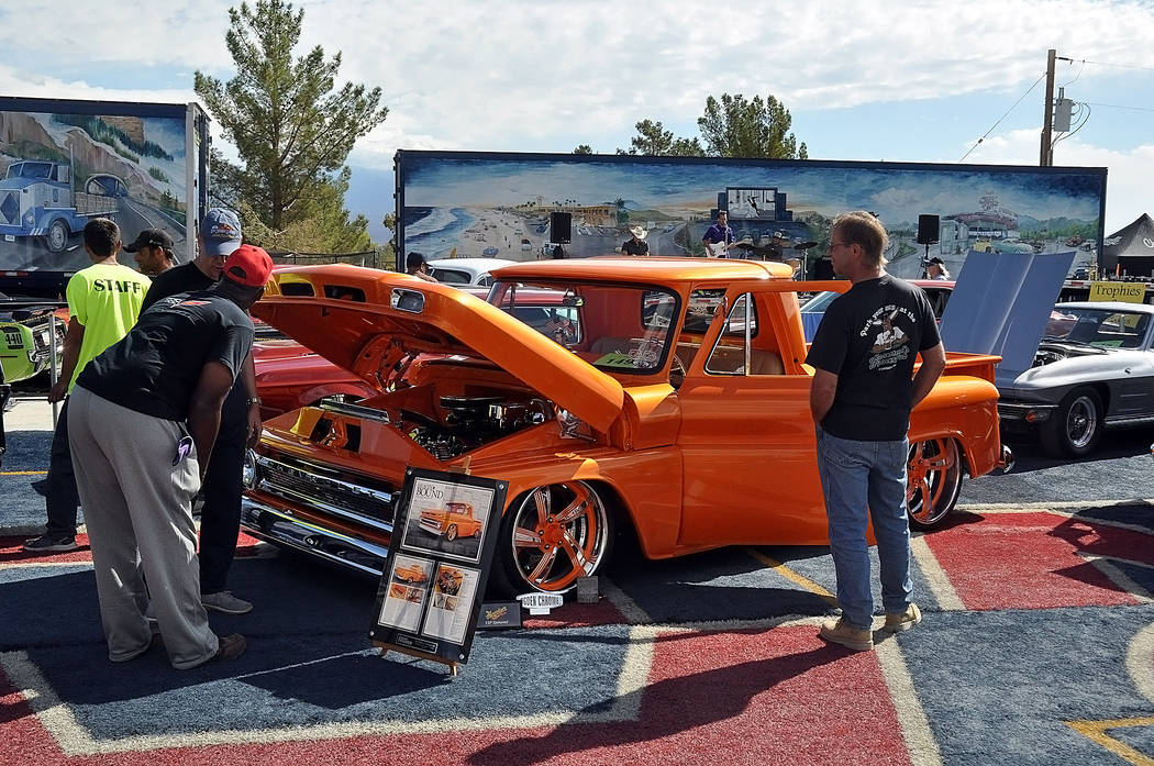 Horace Langford Jr./Special to the Pahrump Valley Times Spectators check out classic cars and trucks were on display for the Pahrump Car Show on Oct. 6-7. The event was produced by Top Notch Repa ...