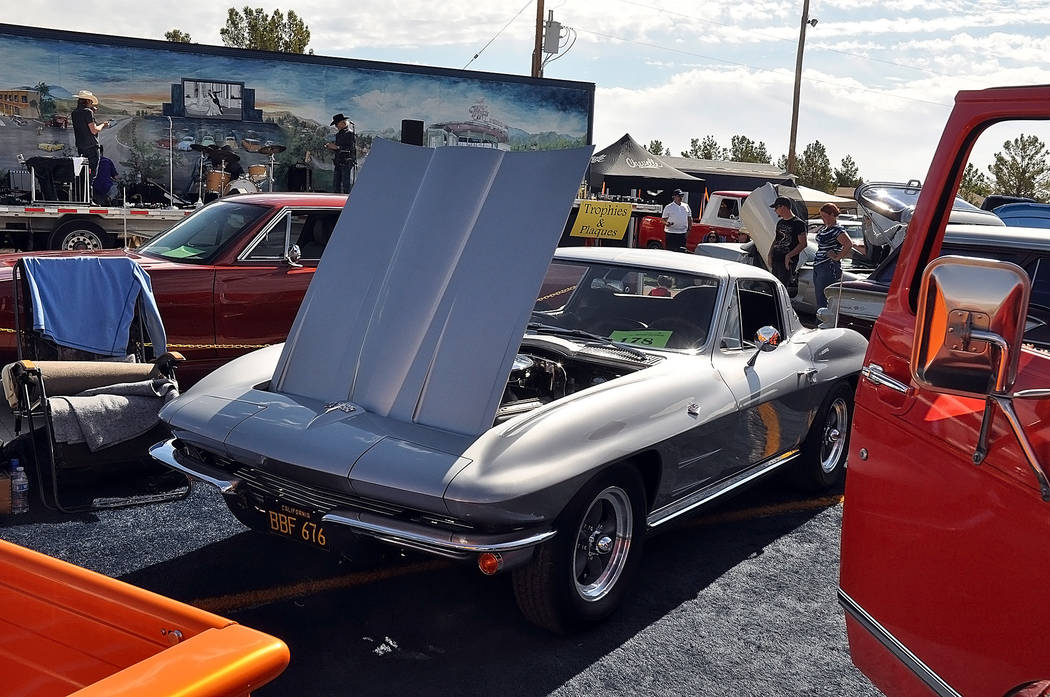 Horace Langford Jr./Special to the Pahrump Valley Times Classic cars and trucks lined up for the 2018 Pahrump Car Show on Oct. 6-7 at 3681 W. Bell Vista Ave. The event was produced by Top Notch R ...
