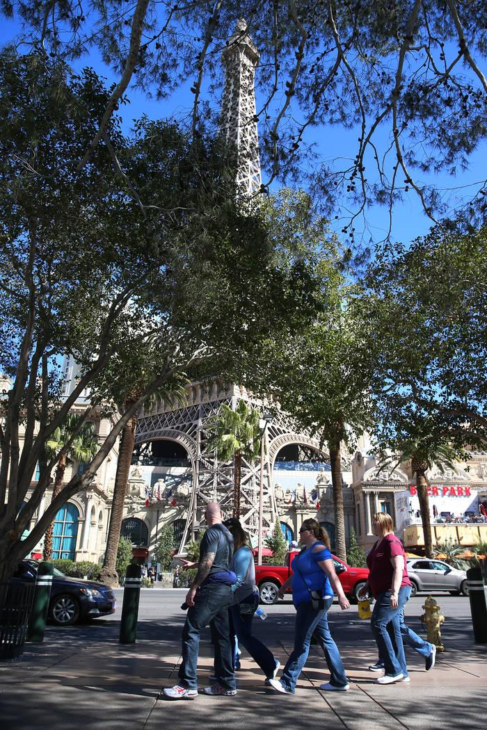 People on the Strip near Flamingo Road in Las Vegas, Thursday, Feb. 28, 2019. (Erik Verduzco/Las Vegas Review-Journal) @Erik_Verduzco