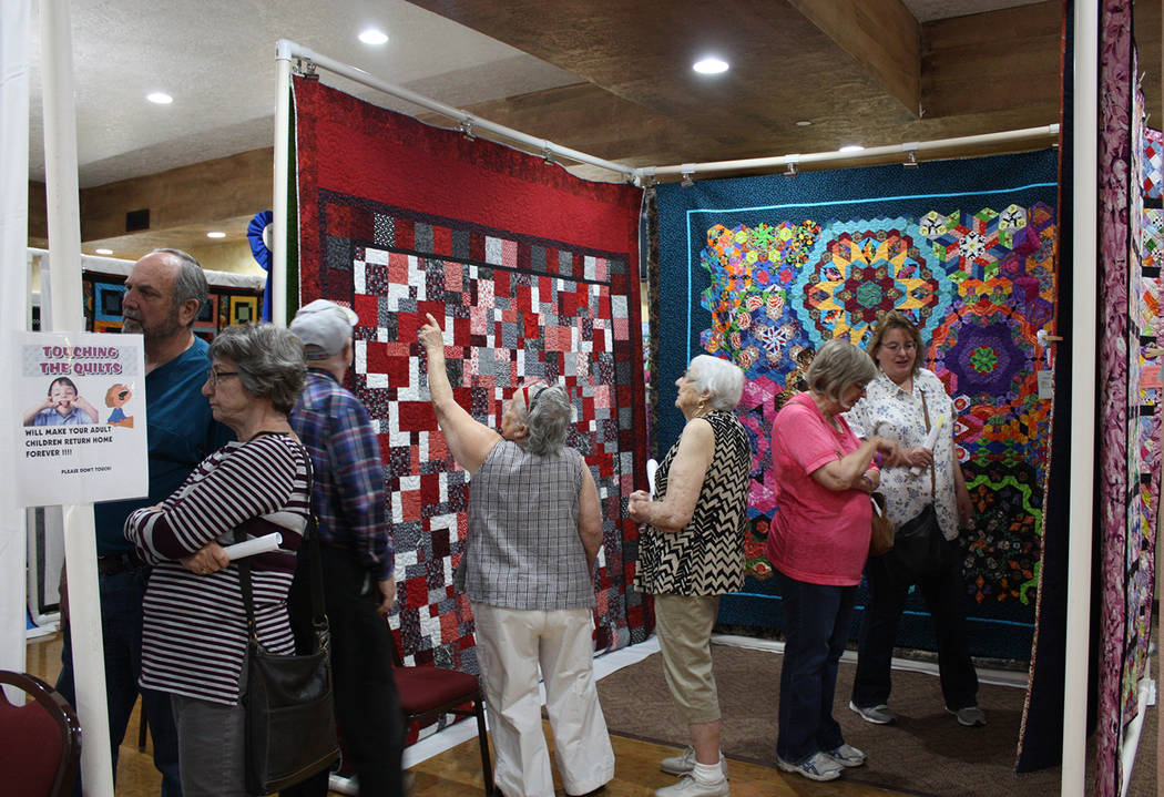 Robin Hebrock/Pahrump Valley Times The crowds at the Pins and Needles Quilt Show were thick thr ...