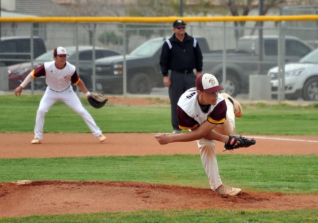 Horace Langford Jr./Pahrump Valley Times Pahrump Valley freshman Zach Cuellar pitches Thursday ...