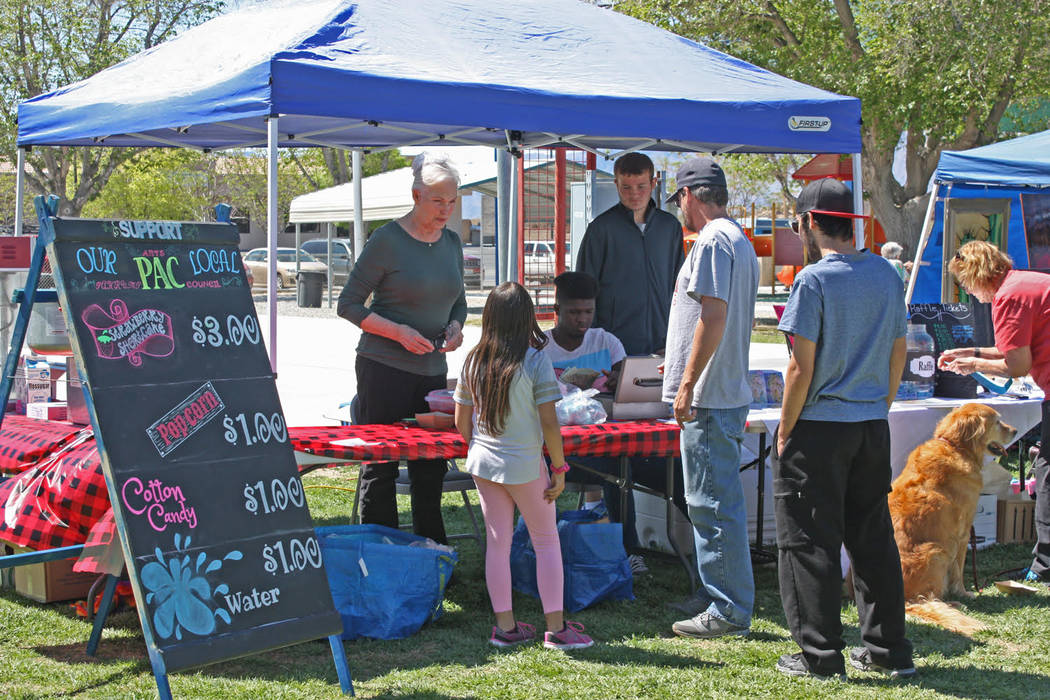 Robin Hebrock/Pahrump Valley Times The Pahrump Arts Council's booth at the Art and Sol Festival ...