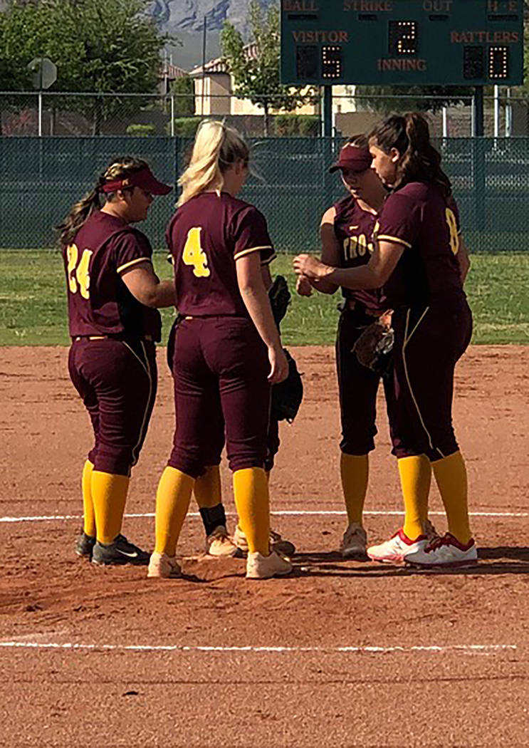 Tom Rysinski/Pahrump Valley Times Pahrump Valley softball players gather in the circle before t ...