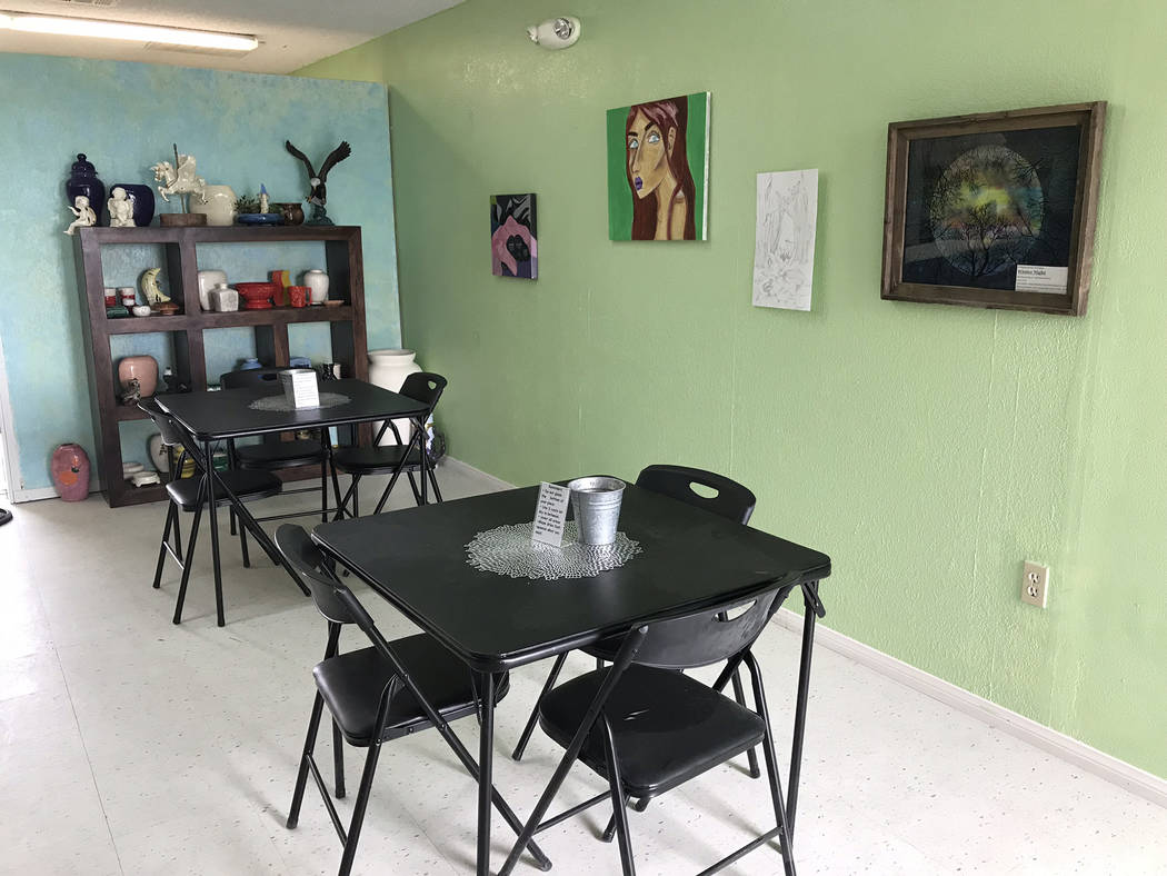 Jeffrey Meehan/Pahrump Valley Times Clients of Pahrump-based All Glazed Up might have a place t ...