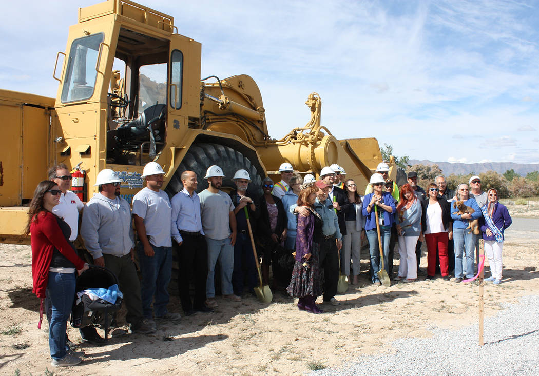 Robin Hebrock/Pahrump Valley Times A large crowd of town and county officials, chamber of comme ...