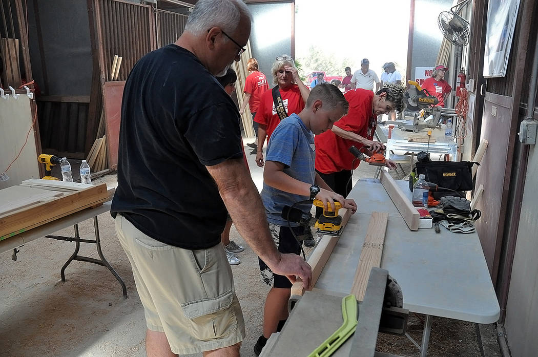 Horace Langford Jr./Pahrump Valley Times - The bunk building manufacturing and assembly line wa ...