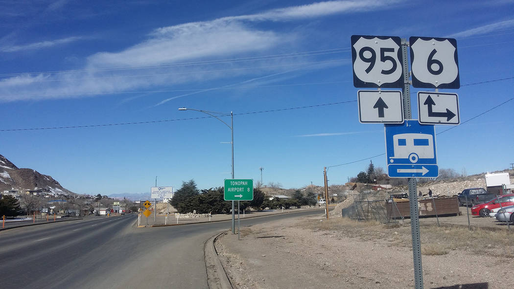 David Jacobs/Pahrump Valley Times Signs point to U.S. Highway 95 and U.S. Highway 6 in Nye Coun ...