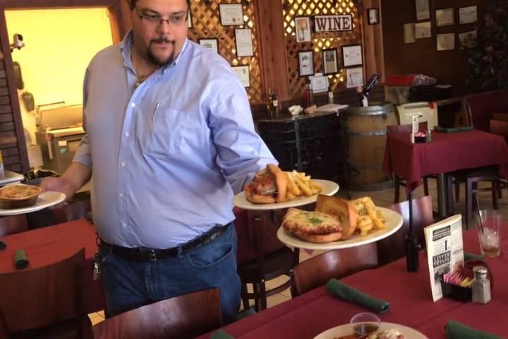 Jeffrey Meehan/Pahrump Valley Times Leonardo Blundo, owner of Carmelo's Bistro in Pahrump and N ...