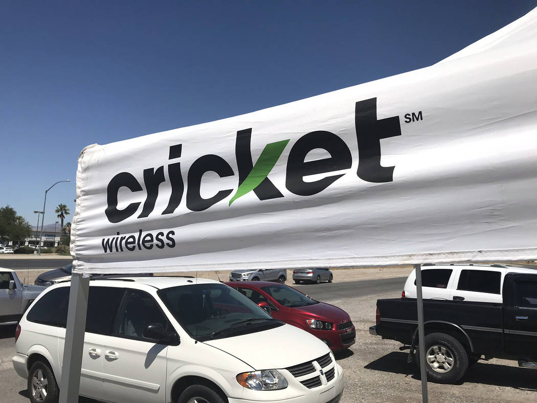 Jeffrey Meehan/Pahrump Valley Times Cricket Wireless on the 100 block of S. Frontage Road joine ...