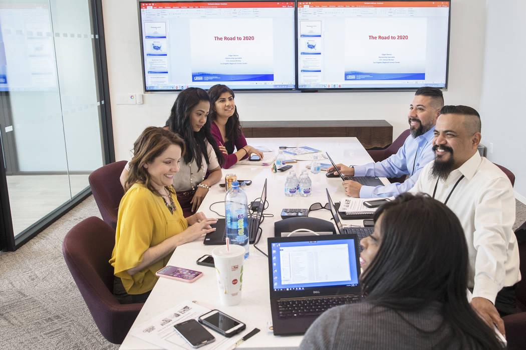 Benjamin Hager/Las Vegas Review-Journal U.S. Department of Commerce partnership specialists mee ...