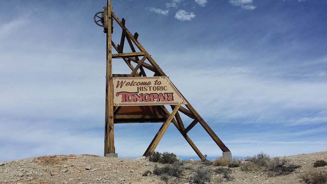 David Jacobs/Times-Bonanza A marker along U.S. Highway 95 welcomes motorists to the historic To ...