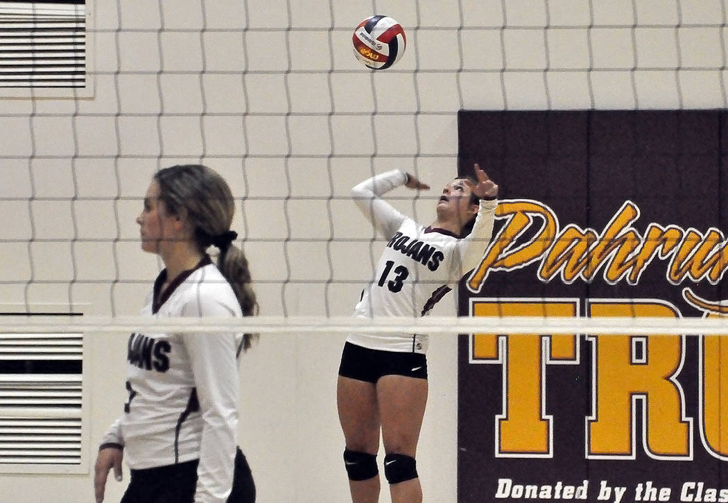 Horace Langford Jr./Pahrump Valley Times Pahrump Valley sophomore Tayla Wombaker takes her turn ...