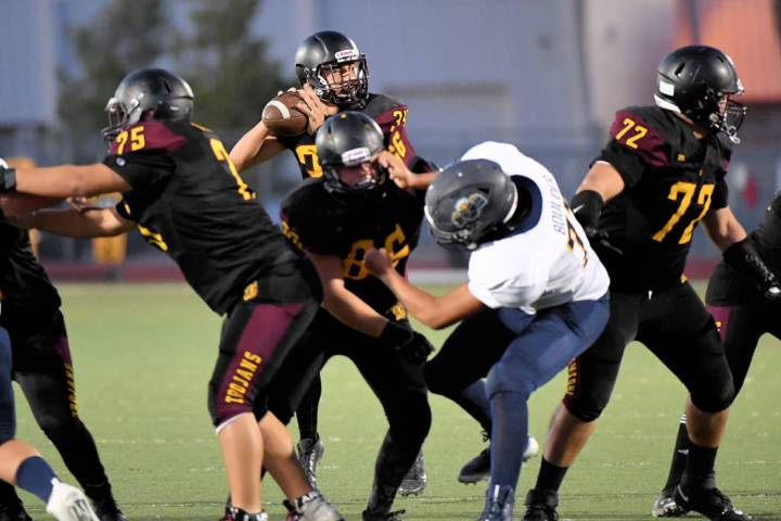 Peter Davis/Special to the Pahrump Valley Times Pahrump Valley quarterback Roman Roberts looks ...