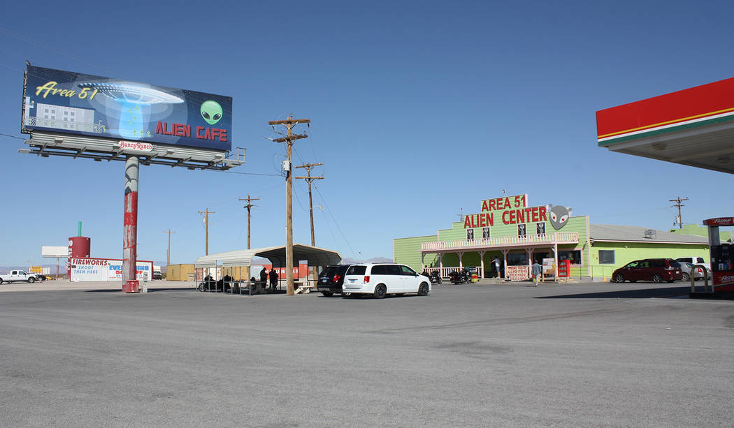 Robin Hebrock/Pahrump Valley Times The Alien Travel Center's parking lot was the location of th ...