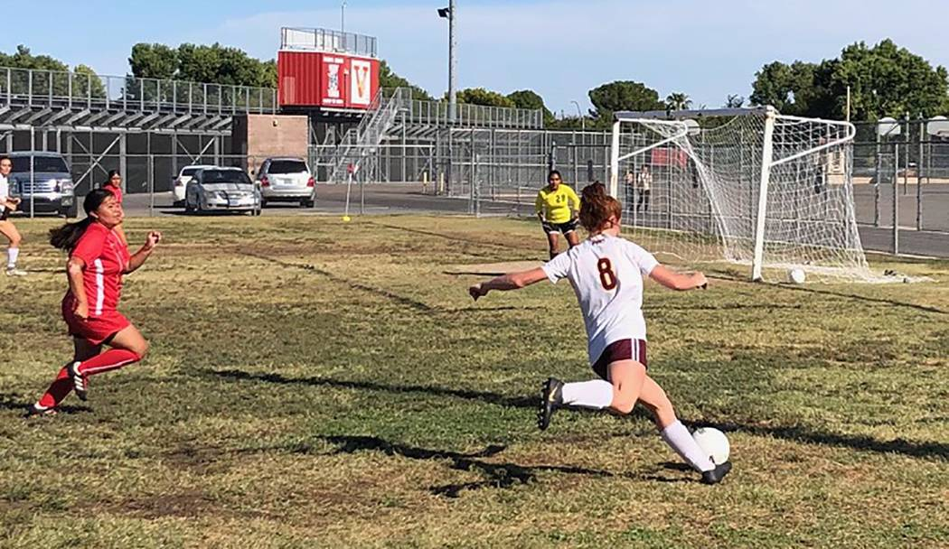Tom Rysinski/Pahrump Valley Times Junior Makayla Gent prepares to send a ball toward Valley kee ...