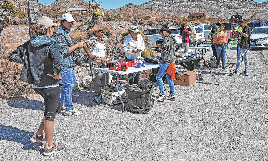 Richard Stephens/Special to the Pahrump Valley Times Volunteers gather near the train depot in ...