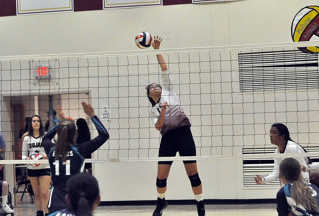 Horace Langford Jr./Pahrump Valley Times Pahrump Valley junior Kate Daffer goes up for one of h ...
