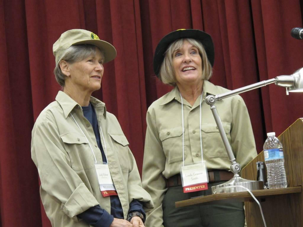 Laurie Naiman/Special to the Pahrump Valley Times Judy Palmer and Linda Greene give their Civil ...
