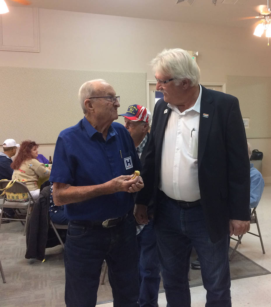 Robin Hebrock/Pahrump Valley Times Tim Hafen, (left) a patriarch of the Hafen family and grandf ...