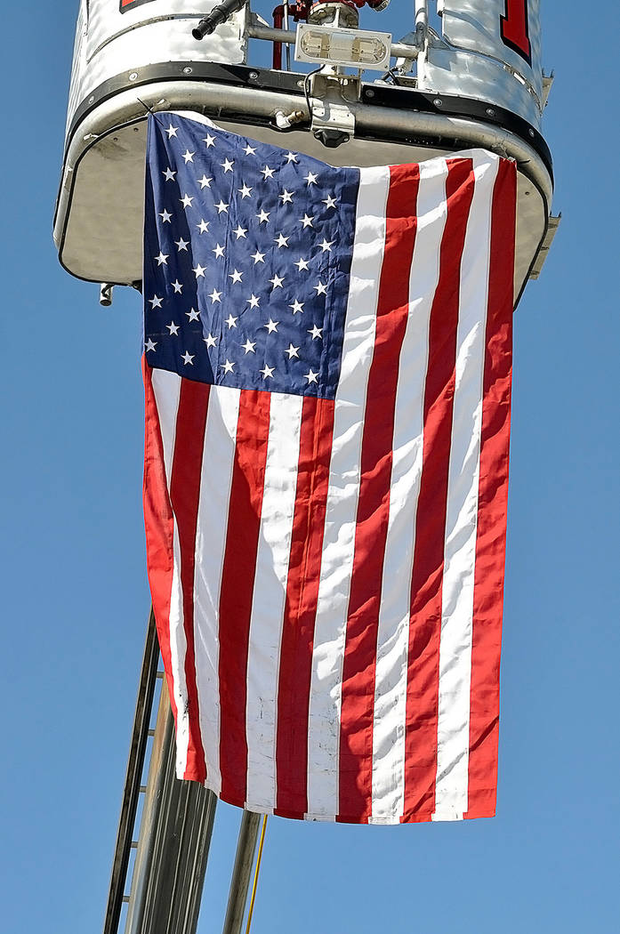 Horace Langford Jr./Pahrump Valley Times At the Marine Corps League's Veterans Day ceremony, Pa ...