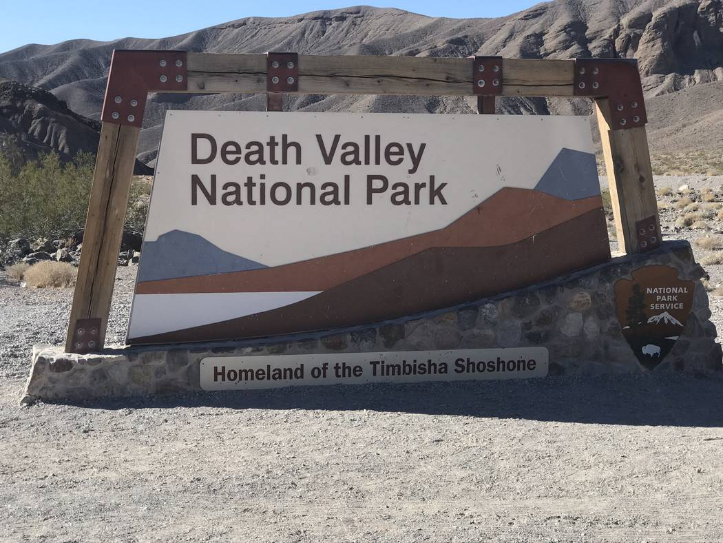Jeffrey Meehan/Pahrump Valley Times A team of 20 mules made their way across Death Valley Natio ...