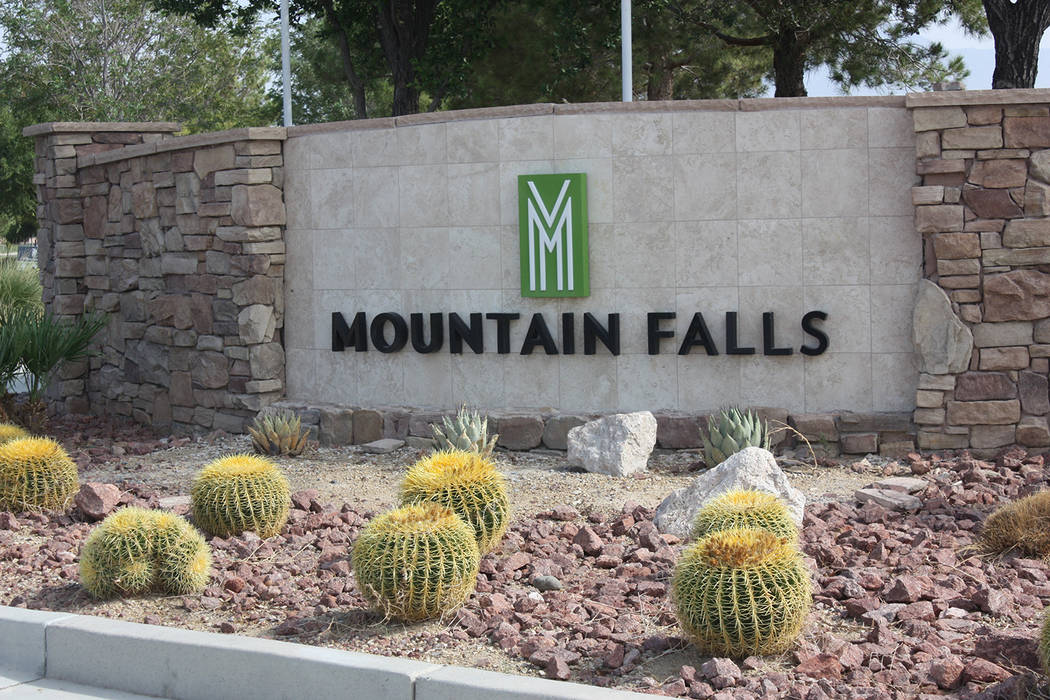 Robin Hebrock/Pahrump Valley Times The developers of the Mountain Falls master planned communit ...