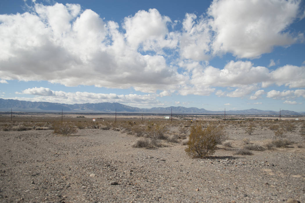 Tim Burke/Special to the Pahrump Valley Times A five-acre empty parcel at Manse Road and Highw ...
